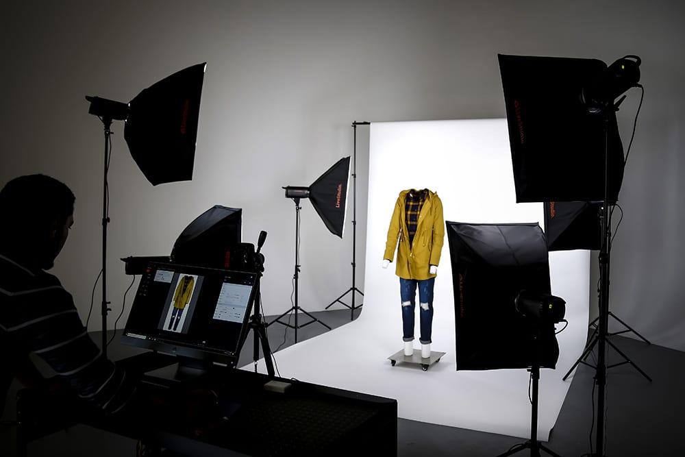 light, backdrop, mannequin